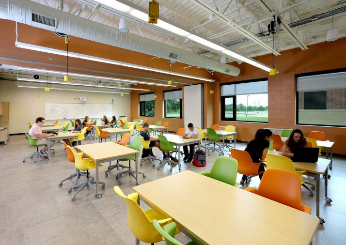 Home-Commercial-Caledonia-Highschool-Classroom