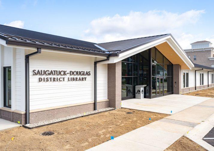 Saugatuck-Douglas Library Exterior